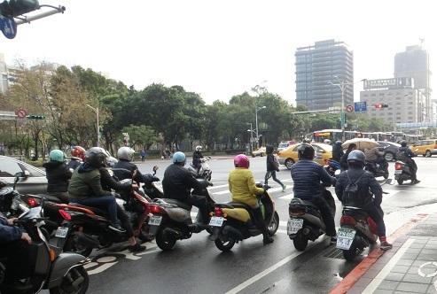 10 台北のバイク