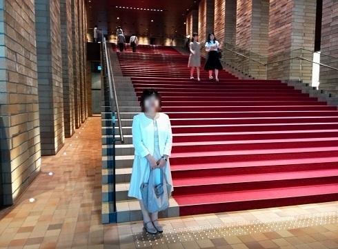 2 フェスティバルホール・階段