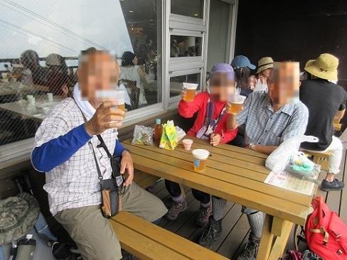 16 琵琶湖テラスで食事