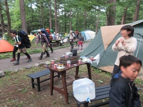 2 朝のキャンプ場