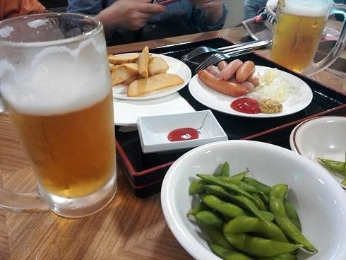 28 小梨平食堂でカンパイ