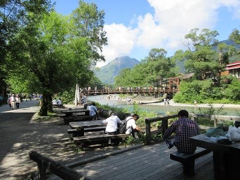 11 河童橋と焼岳