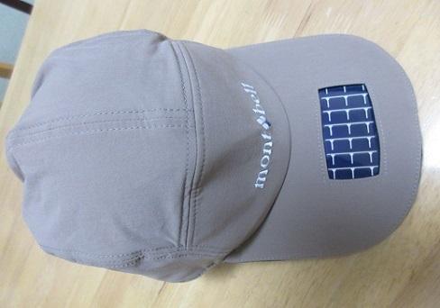 2 ソーラーパネル・LEDライト付付き帽子