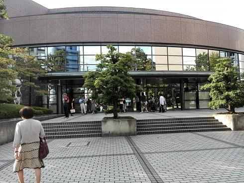 10 京都外国語大学・森田記念講堂
