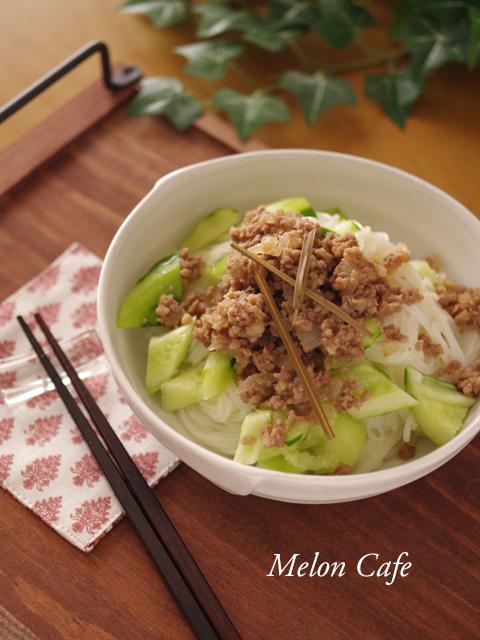 さっぱり肉きゅうり素麺07