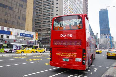 台北市2階建てオープントップバス「Hop-on, Hop-off」4時間無料チケット5