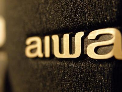 aiwa ロゴ