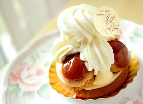 【ケーキ】ユウジアジキ「サントノレ」 (2)