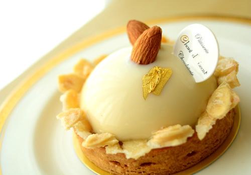 【ケーキ】シャンドワゾー「タルトアマンドパッション」 (1)