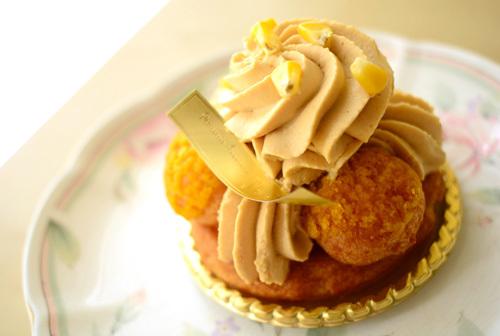 【ケーキ】ユウササゲ「サントノーレ・キャラメル・マイス」