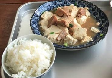 豆腐んブサー