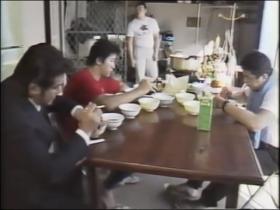 1986年UWFのちゃんこ風景