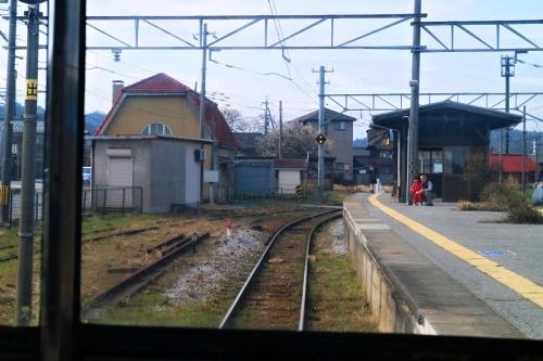 IMG_9745  鳥居本駅 入線