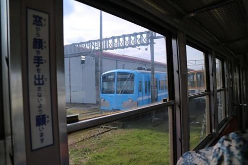 IMG_9755  青い列車
