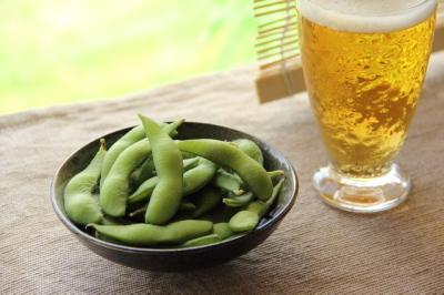 pixta_12086398_Sビールと枝豆