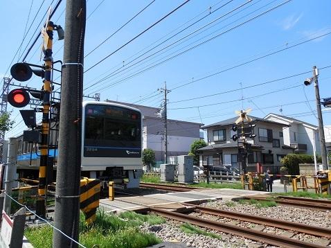 小田急江ノ島線の桜ヶ丘5号踏切@大和市f