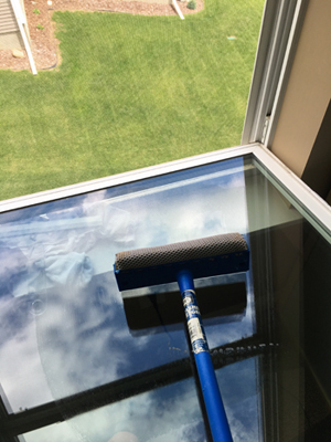windowclean1701.jpg