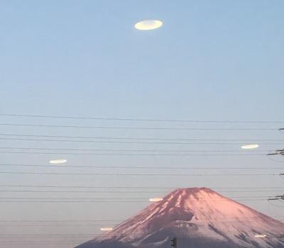 富士とUFO