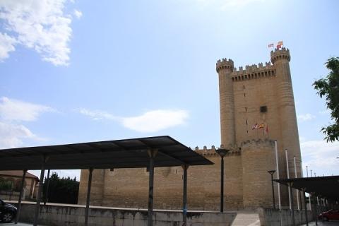 00900 Castillo de Fuensaldaña