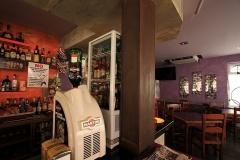 00971 bar Moderno