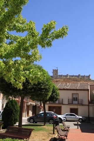 01360 Castillo en Plaza de San Pablo