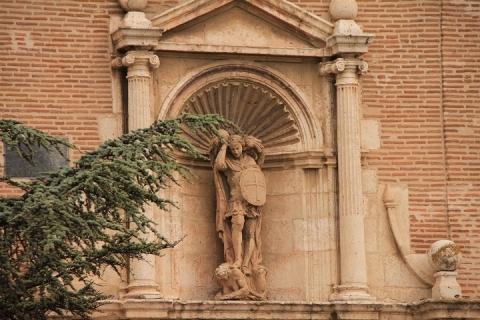 01682 Iglesia de San Miguel