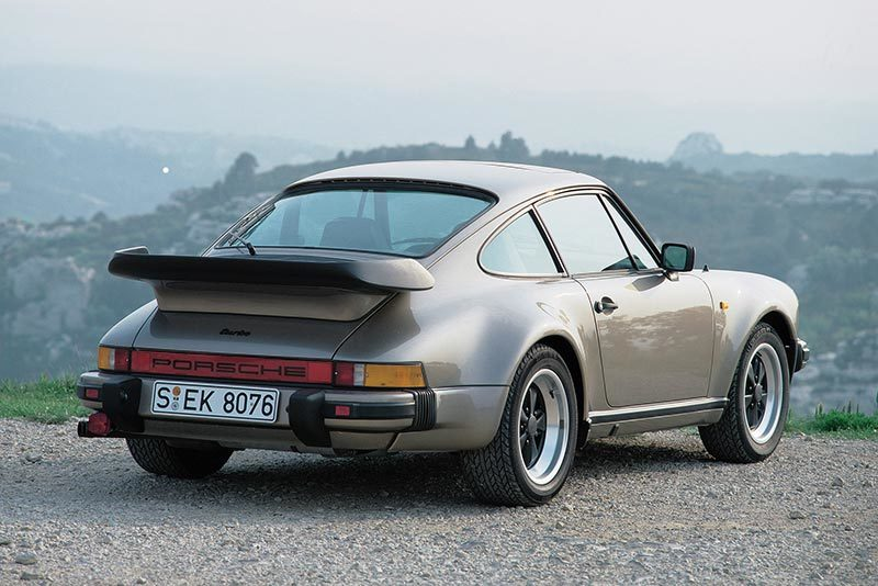 Porsche-930-HD-Background.jpg