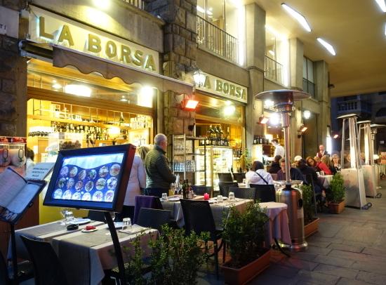 夜のカフェ2
