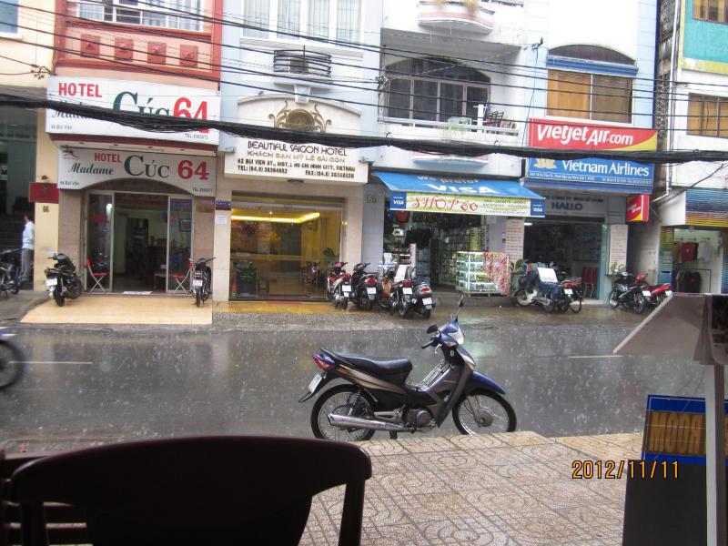 ベトナム20121111-02