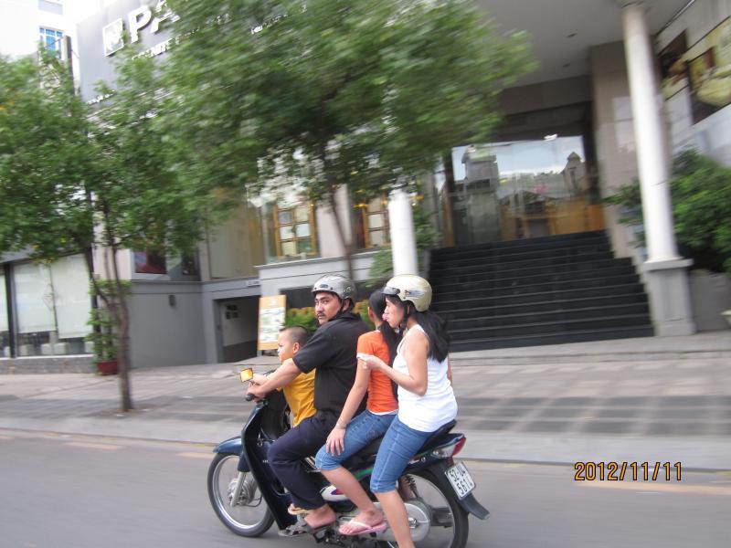 ベトナム20121111-03
