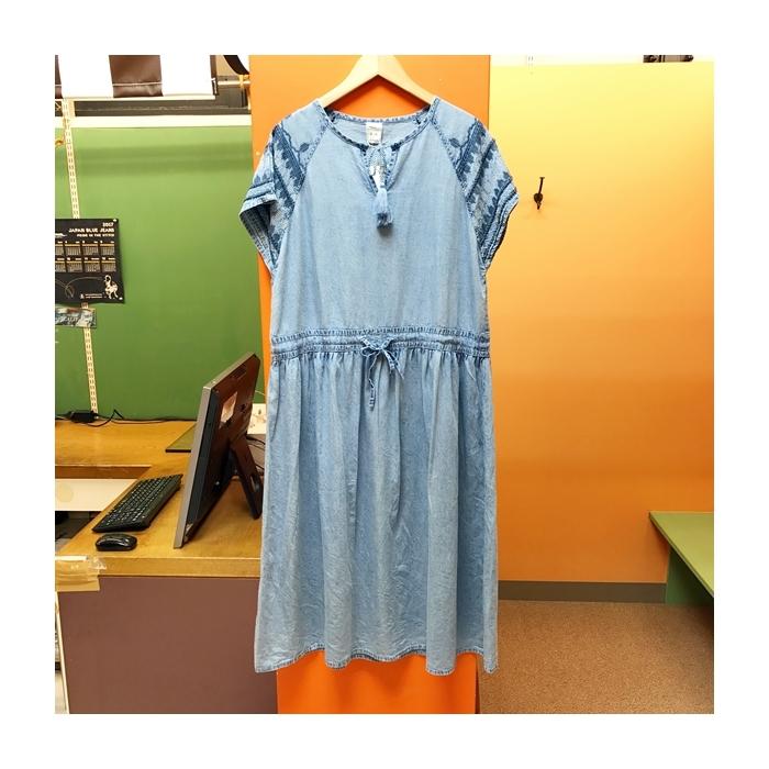 2017-06-14 肩刺繍デニムワンピース AIC (2)