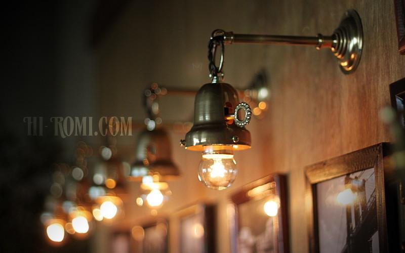工業系鍵&チェーン付ベル型シェードホルダー真鍮ブラケット/ヴィクトリアンウォールランプ/壁掛け照明/インダストリアル