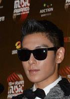 BIGBANG(ビッグバン)のT.O.P=2012年12月1日