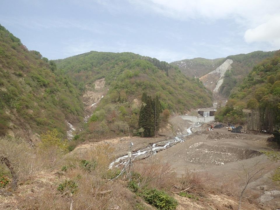 東入沢川、西入沢川合流地点