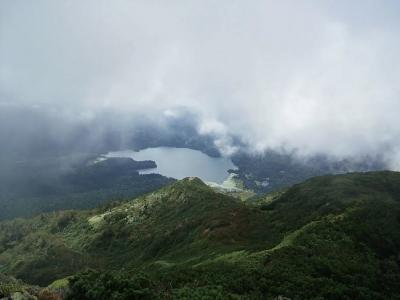山頂からの尾瀬沼