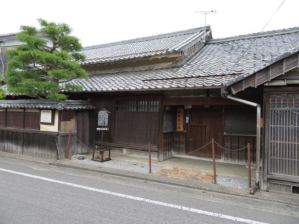 西田礼三郎邸