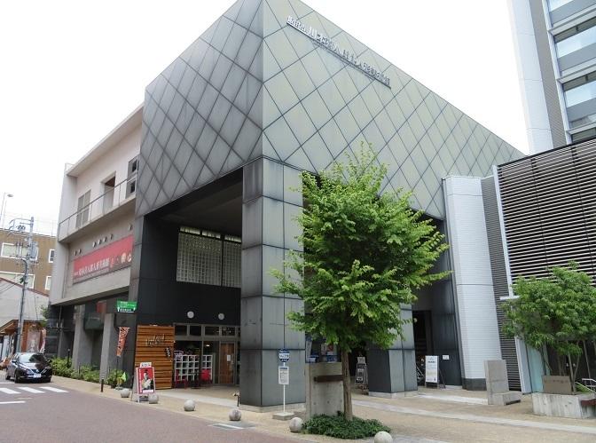 川本喜八郎人形美術館外観