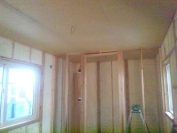 天井ボードの施工