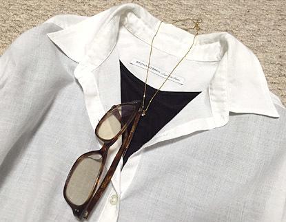 この白シャツ、ほんとお気に入りです。