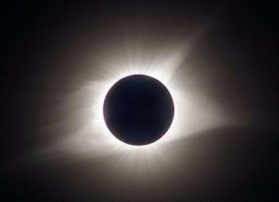 th_TotalSolarEclipse.jpg