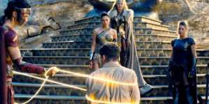Wonder-Woman-Movie-Lasso-of-Truth.jpg