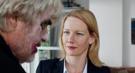 peter-simonischek-and-sandra-huller-in-min-pappa-toni-erdmann-2016-large-picture.jpg