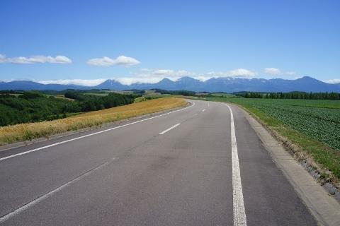 7月の藤野の道1 (480x320)