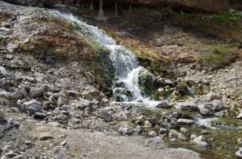 草津温泉賽の河原2