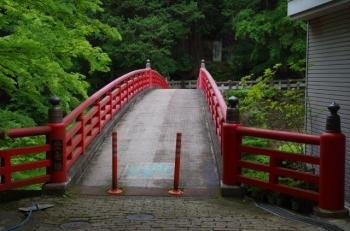 これが三峯神社の太鼓橋かな