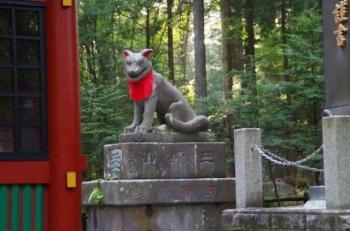 随身門にもムキムキの狛犬様2