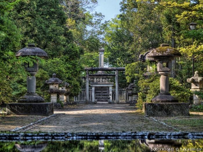 加賀藩主前田家墓所