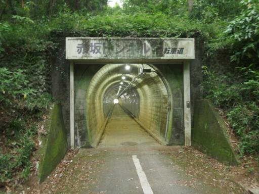 20170604・武蔵村山の秘密基地空19・振り返って赤坂トンネル