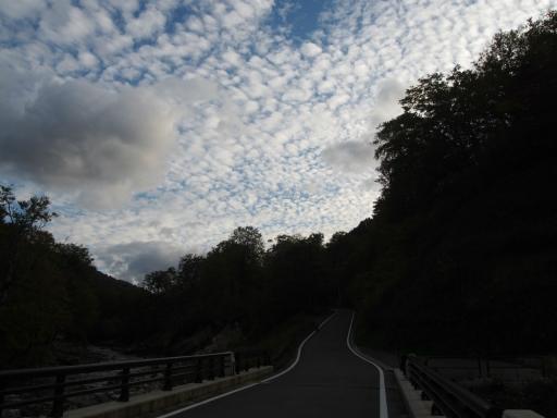 20161016・奥只見尾瀬・ぶなさわ橋の空