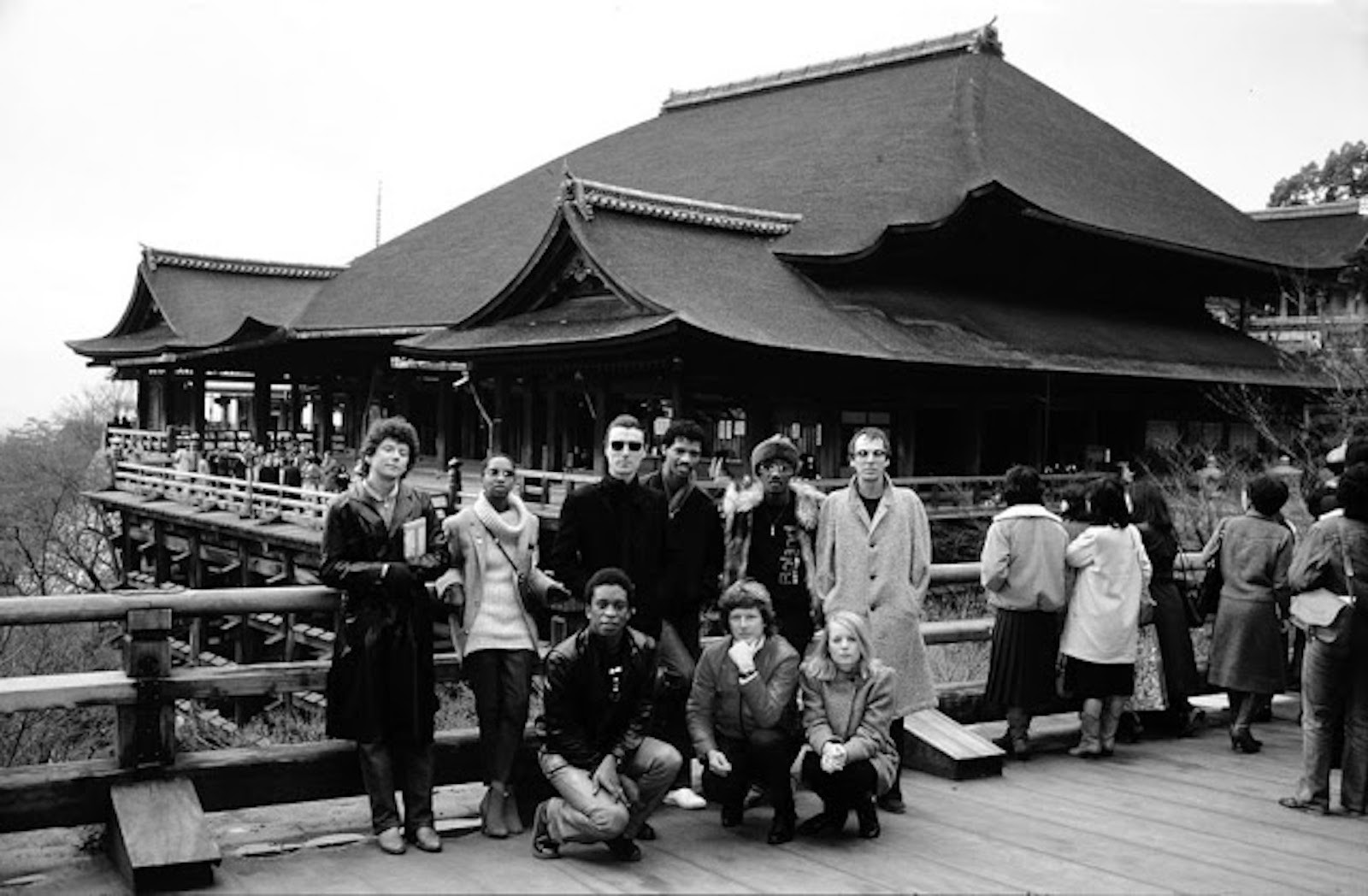rock-stars-as-tourists-in-japan-1970s-80s-18.jpg